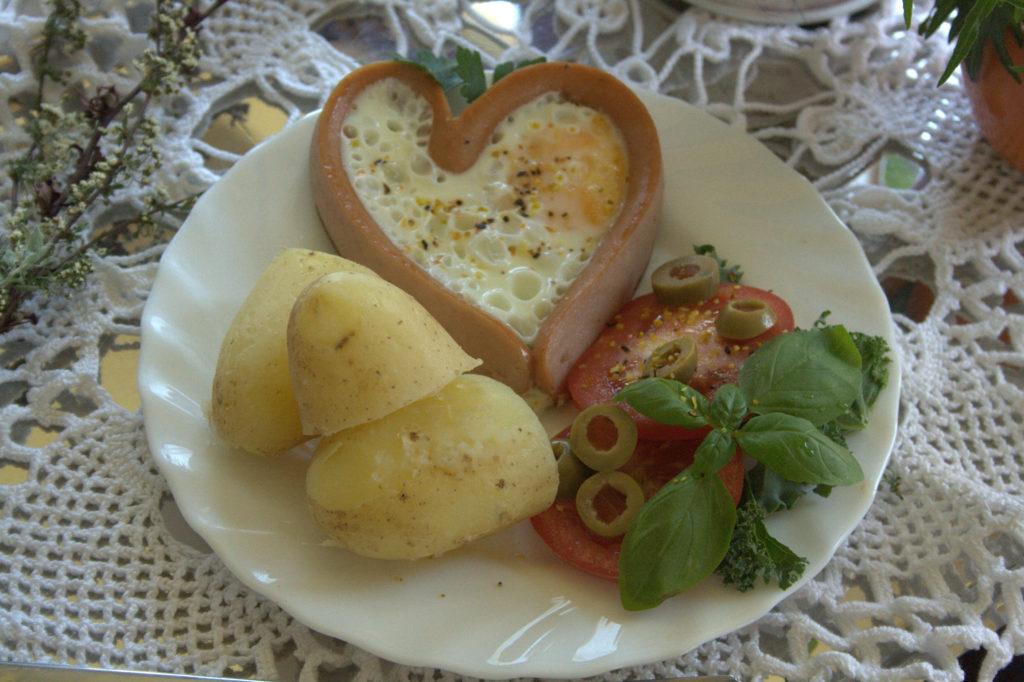 jak zrobić serca z parówek www.kasiagotuje.pl-005