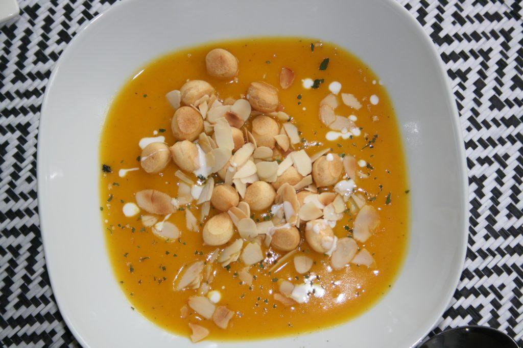 Zupa krem z pieczonej dyni